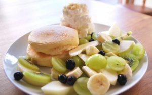 季節のフルーツのパンケーキ¥1180